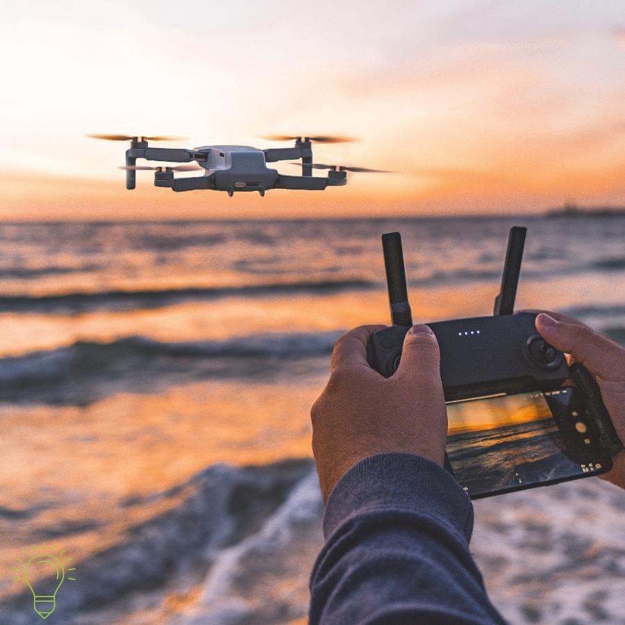 homme qui test un drone x pro